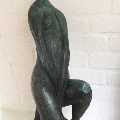 Kneeling Woman 3_7